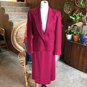 Sleek Stylish Vintage Pendleton Skirt Suit